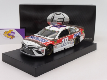 "Lionel Racing ELITE C181922SNKB # Toyota NASCAR Serie 2019 "" Kyle Busch - Snickers Darlington Throwback "" 1:24"