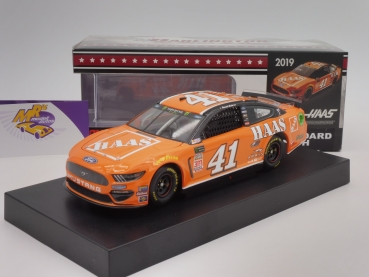 "Lionel Racing C411923HRDZ # Ford NASCAR Serie 2019 "" Daniel Suarez - Haas Darlington Throwback "" 1:24"
