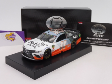 "BLACK-​Deal ### Lionel Racing ELITE C111922E2DH # Toyota NASCAR Serie 2020 "" Denny Hamlin - Fedex Darlington Throwback "" 1:24"