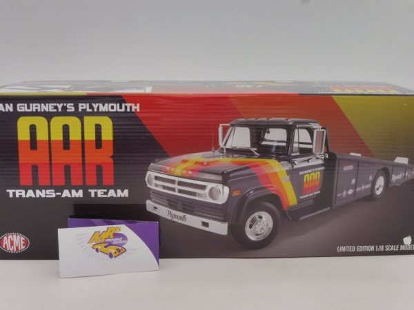 "ACME A1801901 # Dodge D-300 Ramp Truck "" Dan Gurneys Plymouth Trans Am Team "" 1:18"